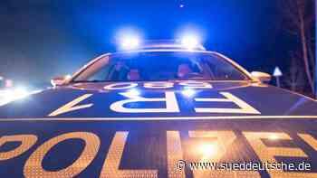 Autofahrer unter Drogen attackiert Linienbus mit Knüppel - Süddeutsche Zeitung