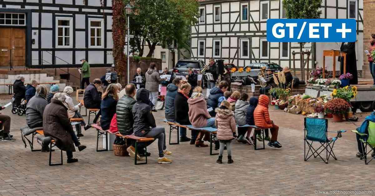 Bovenden feiert Erntedank auf dem Thie im Altdorf - Göttinger Tageblatt