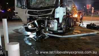 Milk tanker crashes into service station in Traralgon - Latrobe Valley Express