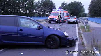Blaulicht: Schwerer Unfall zwischen Tettau und Lauchhammer - Lausitzer Rundschau