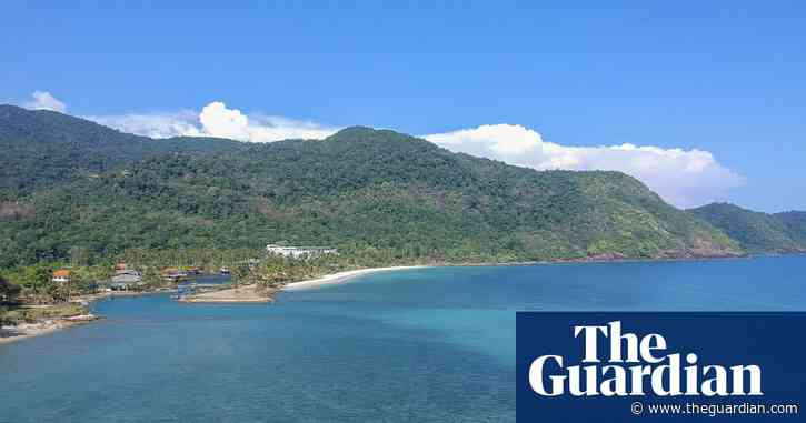Thai hotel agrees to drop charges against US man who faced jail over bad reviews