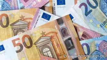 """Strafzinsen: Wer Geld """"bunkert"""", kann bestraft werden - Nordbayern.de"""