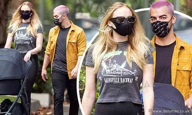Sophie Turner and Joe Jonas EXCLUSIVE: Couple seen for first time with firstborn daughter Willa - Daily Mail