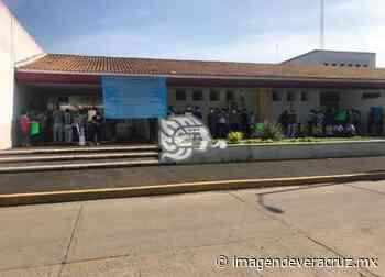 Cierran quirófanos y áreas por intoxicación del Hospital de Oluta - Imagen de Veracruz