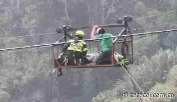 Hombre picado por serpiente y atrapado a 90 metros de altura en Risaralda - Caracol Radio