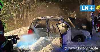 Zwei junge Menschen konnten sich bei Ratzeburg aus brennendem Auto retten - Lübecker Nachrichten