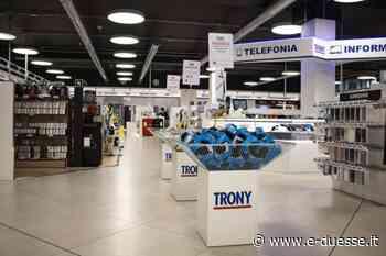 Trony, inaugurazione a Gragnano Trebbiense (PC) / Bianco & Ped / News / e-duesse.it - Duesse Communication - e-duesse