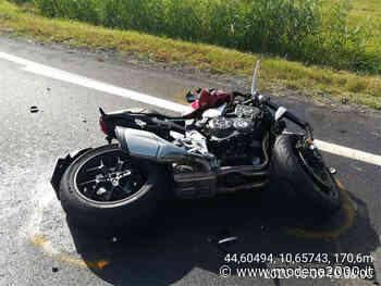 Motociclista di Castelnuovo Rangone muore in uno schianto a Borzano di Albinea - Modena 2000