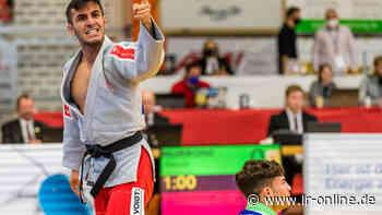Frauen holen Staffelsieg: Asahi Spremberg feiert das Judo-Bundesligafinale in Senftenberg - Lausitzer Rundschau