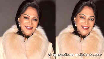 Simi Garewal pens down a strong note explaining why 'life is like a woman' in COVID-19 era; gets praises