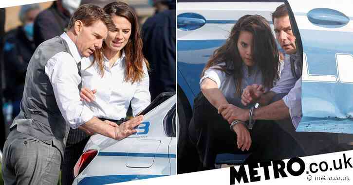 Tom Cruise and Hayley Atwell filming Mission: Impossible 7 handcuffed - Metro.co.uk