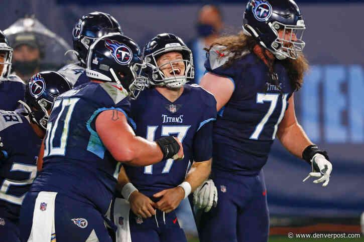 Ryan Tannehill scores 4 TDs as depleted Titans beat Bills 42-16
