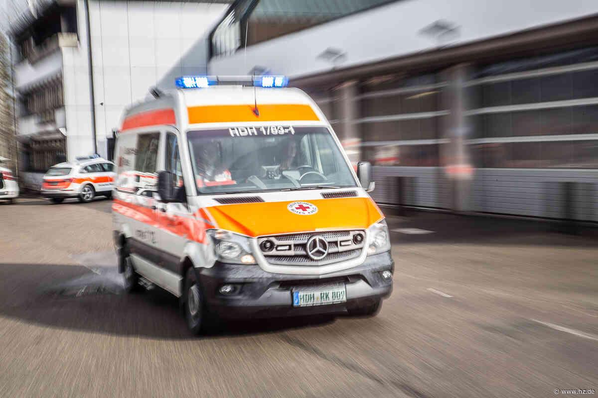 Beim Rückwärtsfahren übersehen: Seniorin bei Unfall in Herbrechtingen leicht verletzt - Heidenheimer Zeitung