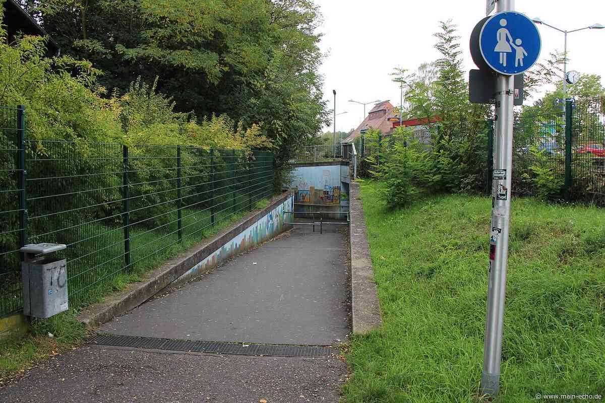 Bahnhof Obernburg-Elsenfeld: Helle Unterführung, Rampe und Aufzug - Main-Echo