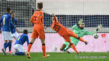 Italy 1-1 Netherlands: Van de Beek off the mark but Poland go top