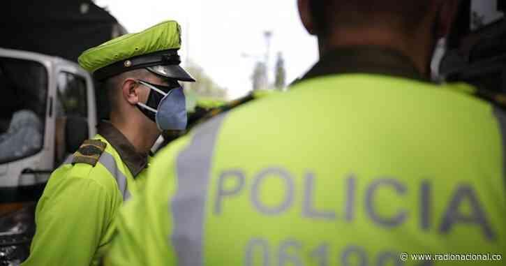 Reportan ataque simultaneo a estaciones de policía en Pailitas y Curumaní, en el Cesar - http://www.radionacional.co/
