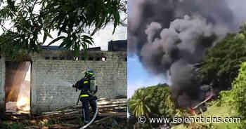 Bomberos extinguen incendio en bodegas en San Pedro Masahuat - Solo Noticias