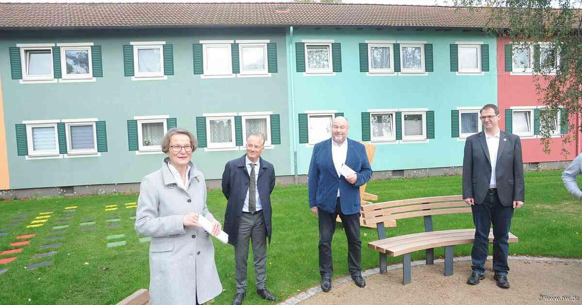 NRW-Bauministerin besucht Espelkamp: Lob für einen besonderen Dorfplatz - Neue Westfälische