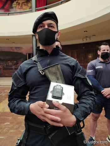 Policías de Atotonilco el Alto cargarán con cámaras en el pecho y en patrullas - UDG TV
