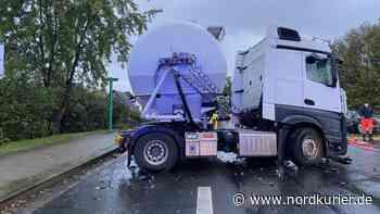 B104 nach schwerem Unfall in Neubrandenburg gesperrt - Nordkurier