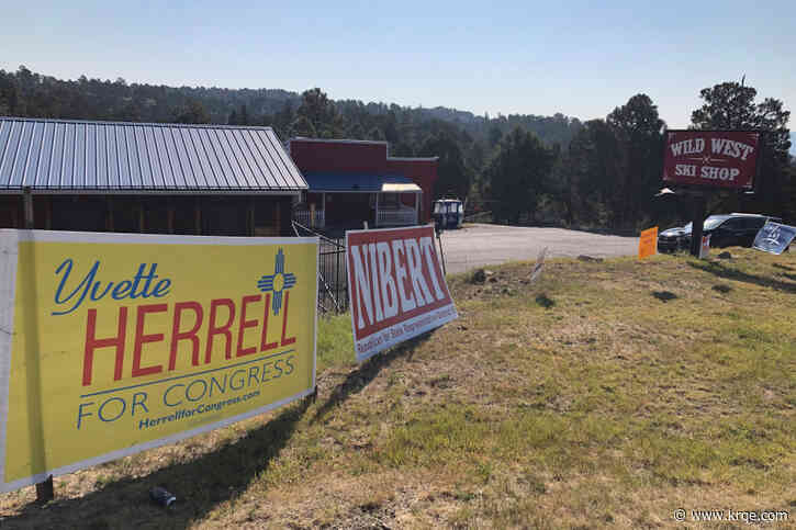 Close congressional race in southern New Mexico draws eyes