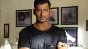 Like 'Irumbu Thirai', Vishal to organise a small screening for 'Chakra'