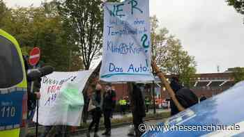 A49-Ausbau: +++ Blockade am VW-Werk in Baunatal +++ Aktivisten verursachen Rodungsstopp +++ Neun Festnahmen nach A3-Blockade +++ - hessenschau.de