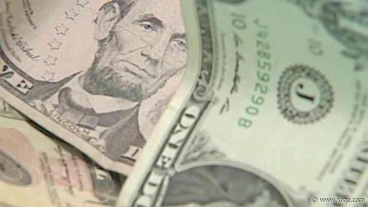 Commissioners pass minimum wage increase in Bernalillo County