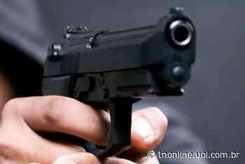 Ladrão armado com revólver leva R$ 2 mil de mercearia, em Faxinal - TNOnline - TNOnline