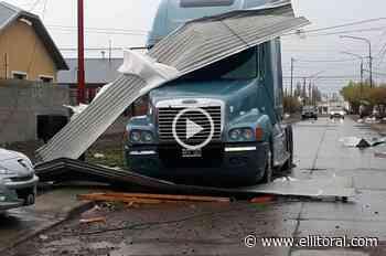 Video: feroz temporal azotó a Rio Gallegos y provocó destrozos - El Litoral