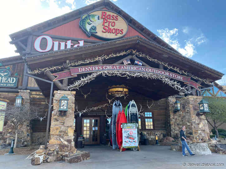 Macy's, Bass Pro Shops & Cabela's Hold Holiday Hiring Events