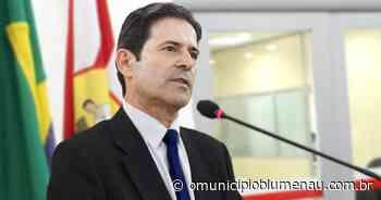 VÍDEO: Assista entrevista com o candidato a prefeito de Blumenau Dr. Natel (PDT) - O Município Blumenau