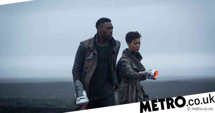 Star Trek Discovery season 3: Burnham meets mysterious new character – but is he friend or foe?