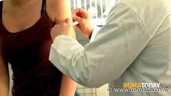 Vaccino antifluenzale, al via la vendita in farmacia: disponibili 20mila dosi a settimana