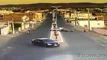 Motociclista morre após bater em poste em Currais Novos; vídeo mostra acidente - G1