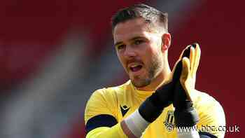 Jack Butland: Crystal Palace want to sign Stoke keeper