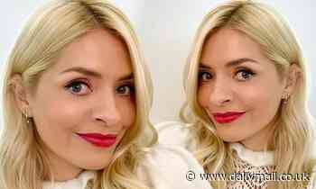 Holly Willoughby shows off her 'secret' double ear piercing