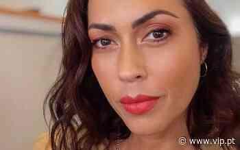 Débora Monteiro - Impressiona fãs ao mostrar rosto de uma das filhas ao pormenor: «Igual à mãe» - Revista VIP