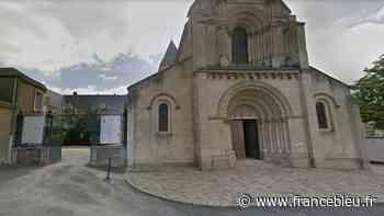 Trois curés confinés à cause du coronavirus, la paroisse de Chateau-Gontier-sur-Mayenne s'adapte - France Bleu