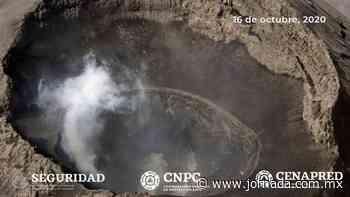Coordinación nacional de protección civil sobrevuela el Popocatépetl - La Jornada