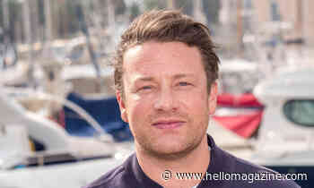 Jamie Oliver delights fans with adorable new family photo of wife Jools and their kids