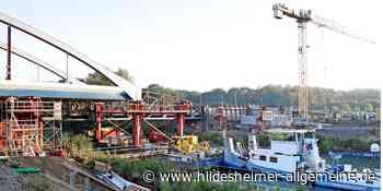 Zentimeterarbeit: So läuft der Brückenschlag über den Stichkanal bei Harsum - www.hildesheimer-allgemeine.de