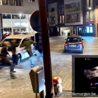 ▶ Wagen die inreed op betoging in Puurs-Sint-Amands: 'Inzittenden werden belaagd door betogers'