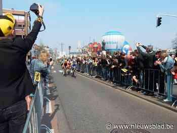 Ronde zonder supporters langs de weg