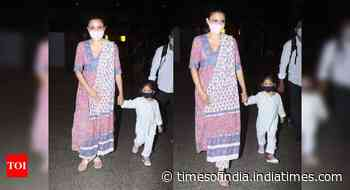 Soha and daughter get snapped at the airport
