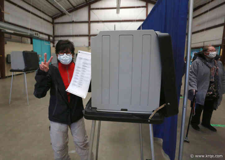 PHOTOS: Early voting begins across New Mexico