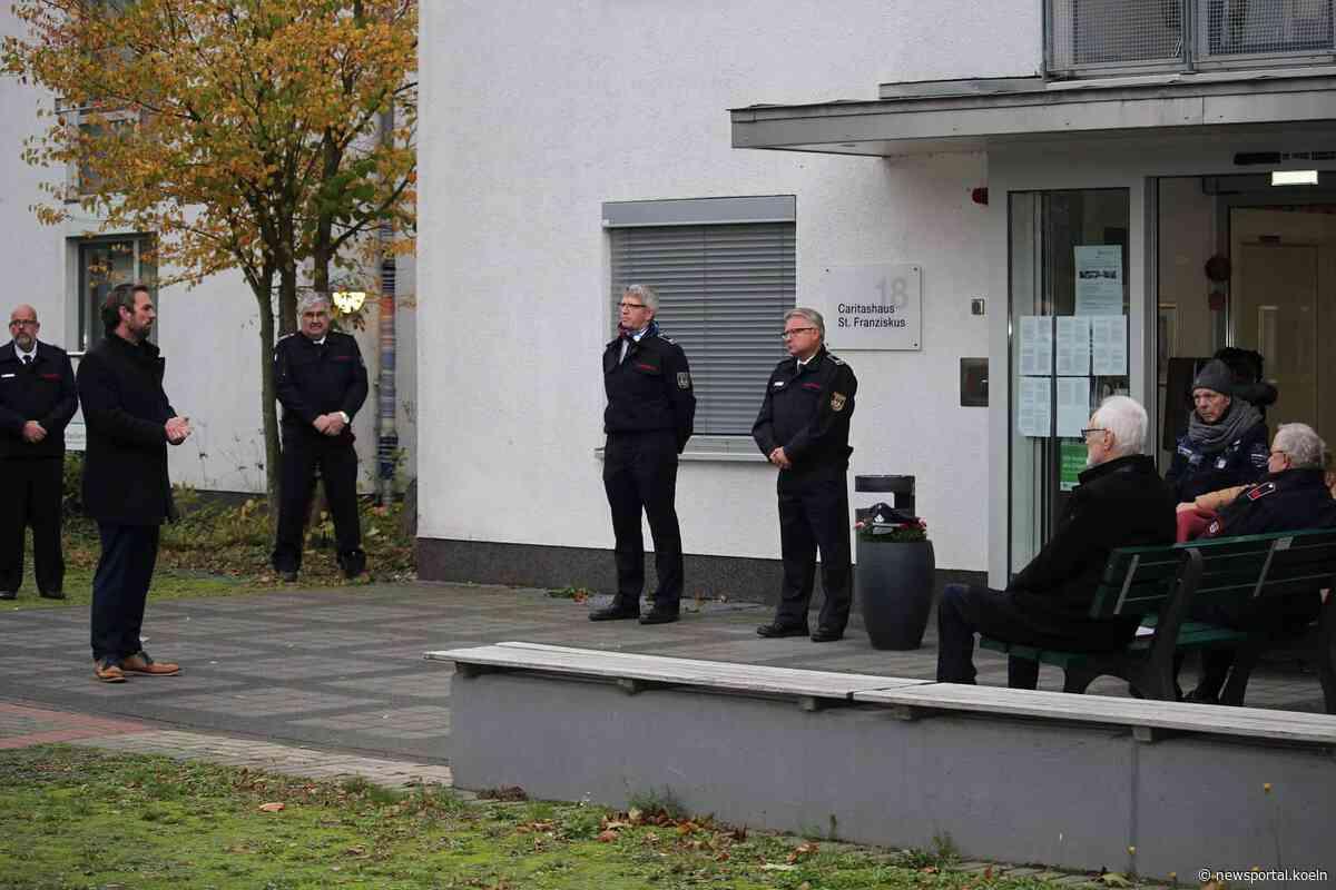 Dormagen: Drei Kameraden bei der Feuerwehr geehrt worden - Newsportal Köln