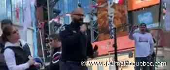 Le policier complotiste de Laval acclamé lors d'une manifestation