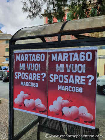 """FOTO - Arenzano tappezzata di manifesti """"Marta60 mi vuoi sposare?"""" - Cronache Ponentine"""