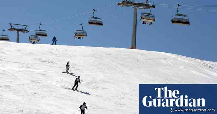 Winter travel season in doubt as Italy added to UK quarantine list